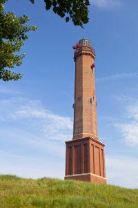 Der Große Norderneyer Leuchtturm ist mit knapp 60 m ü. NN das höchste Bauwerk der Insel.