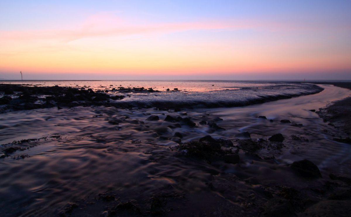 Die Insel Norderney liegt mit Ausnahme der Siedlungs- und Infrastruktur und dem Flugplatz zum größten Teil im Nationalpark Niedersächsisches Wattenmeer.