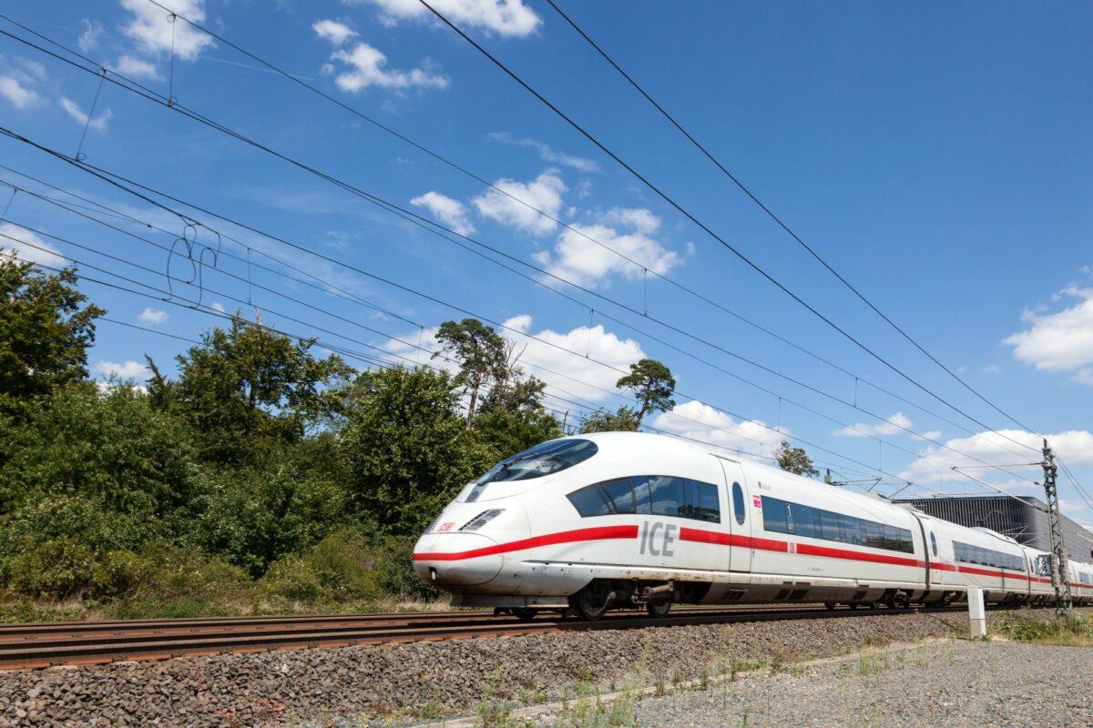 Nun soll ab Herbst noch eine weitere ICE-Verbindung zwischen Nordrhein-Westfalen und Ostfriesland eingeführt werden.