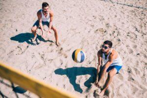Beachvolleyball wird auch auf Norderney gerne und oft gespielt.